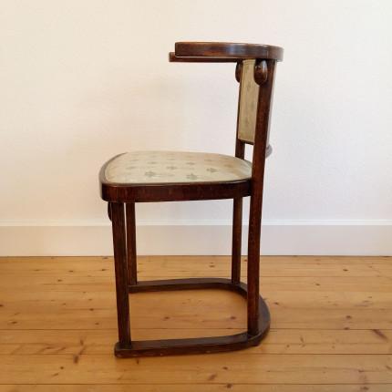 Josef Hoffmann Thonet Fledermaus chair