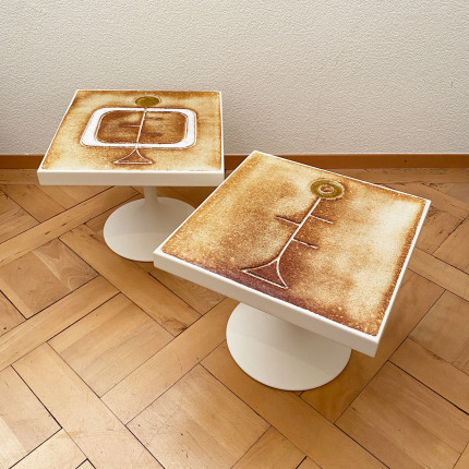 2 side tables by Roche-Bobois with ceramics by Gregorieff