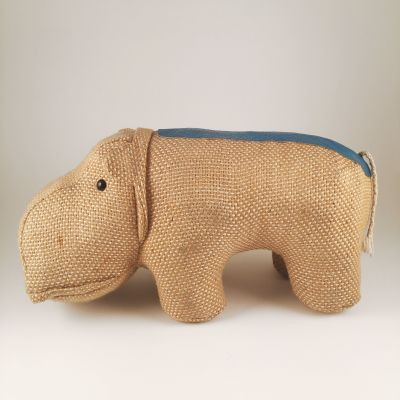 Therapeutic toy hippopotame by Renate Müller_0